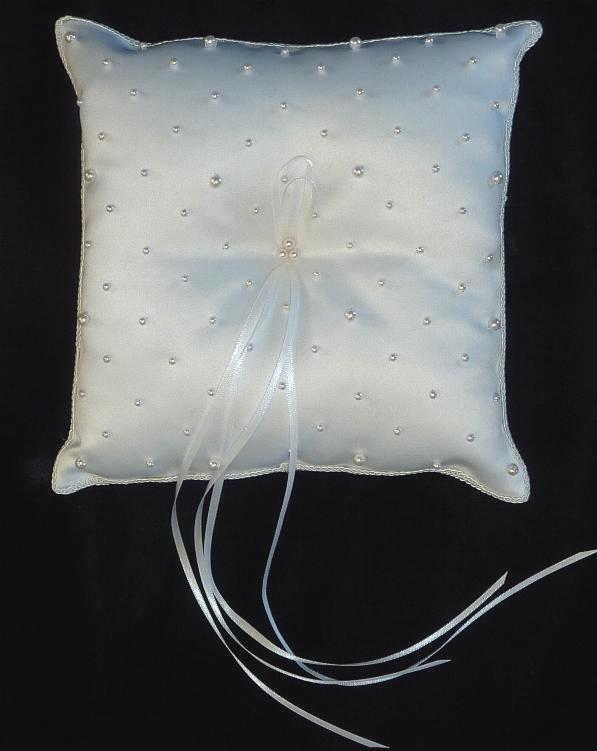 pearl-ring-bearer-pillow